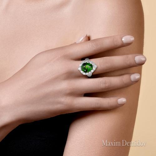 """Кольцо """"Зеленая звезда"""" Золото 750 белое Хромтурмалин"""
