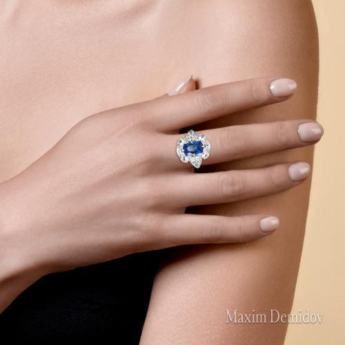 """Кольцо """"Голубая мечта"""" Золото 750 белое Сапфир"""